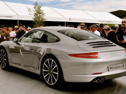 What will Porsche premier at the LA Auto Show?