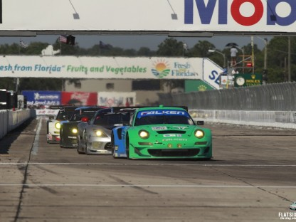 Results and Pictures of Porsche's Performance at the 2013 12 Hours of Sebring