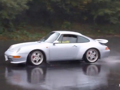 I'd Love To Be Able to Drift Our 993 Like This