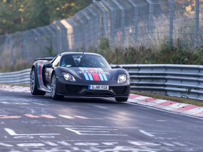 Porsche 918 Getting air on the Nurburgring