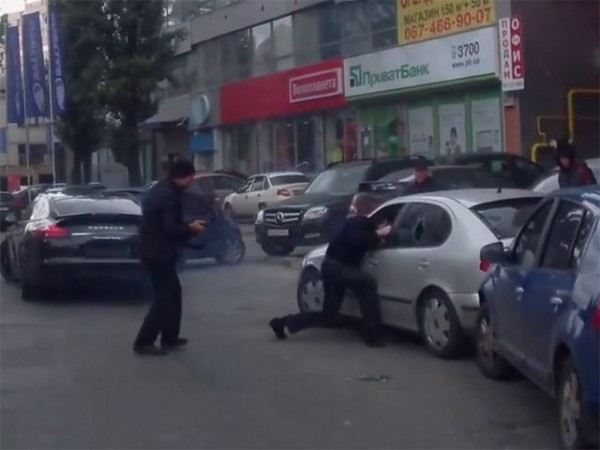 armed kidnapping porsche kiev