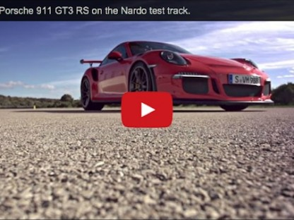 Porsche 911 GT3 RS on track video