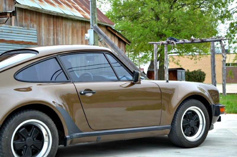 Brown 911 Turbo