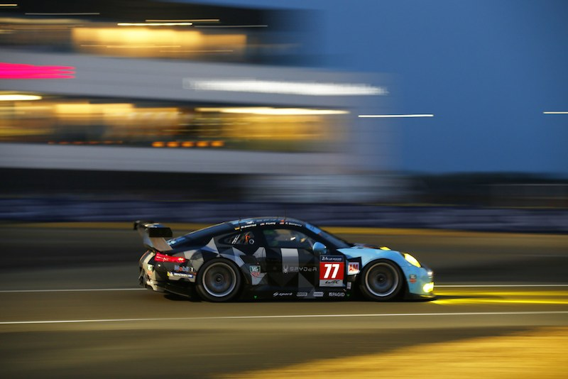 proton dempsey racing #77 at night le mans