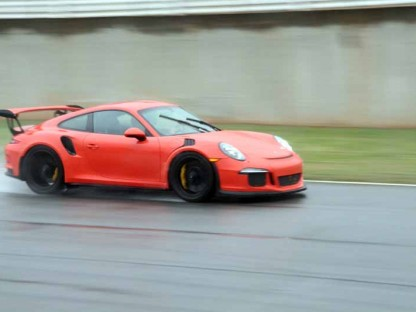 2016 Porsche 911 GT3 RS: Track Review – Rowdy Rear Engine