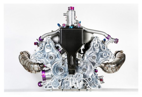 Unlike the turbo powered engine found in the new 718 Boxster, the 919's 4-cylinder isn't a flat engine. Instead, it has a 90 degree V.