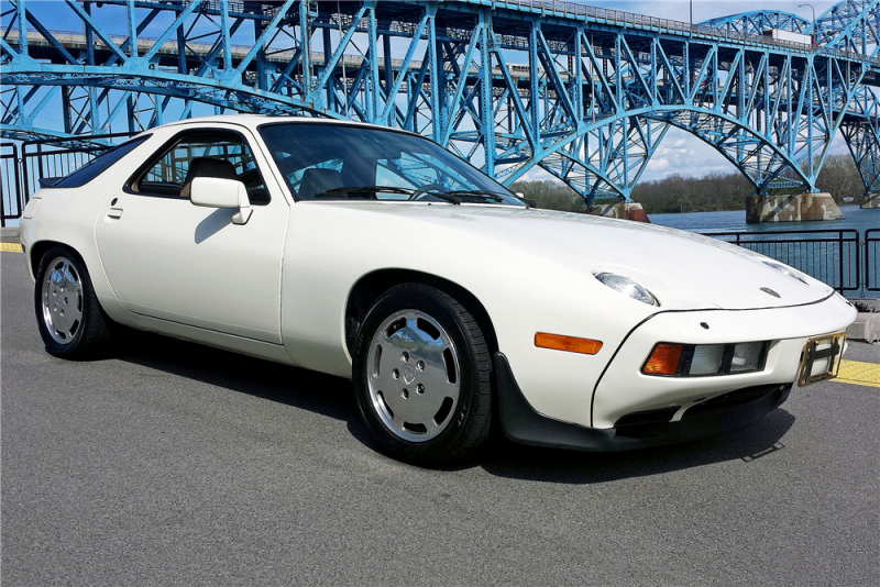 This 1984 928S is Lot #324 at the upcoming Mohegan Sun sale.