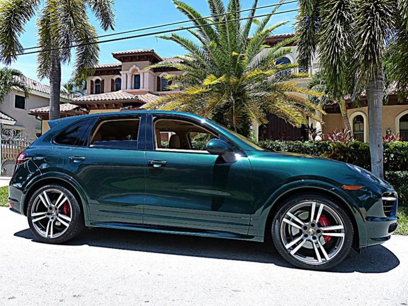 2013-porsce-cayenne-gts-for-sale
