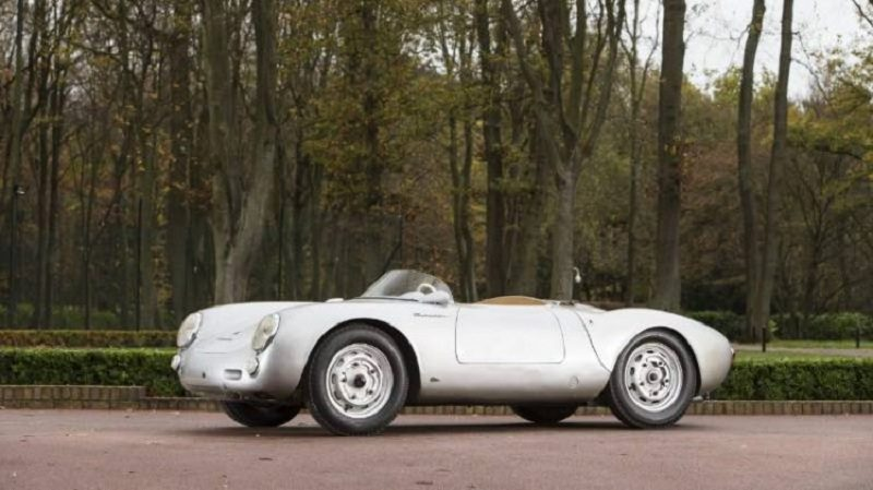 550-spyder-sold-new-record