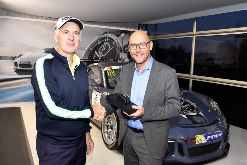 Porsche European Open 2016: Phillip Price (WAL), who shot the hole-in-one, and Oliver Eidam (Porsche AG)