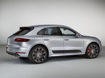 Porsche's Newest Macan Is Quicker Than a 911 Carrera