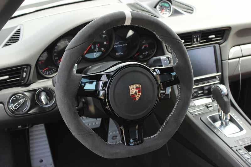techart-steering-wheel
