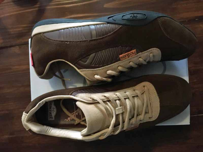 Hunziker Design driving shoes on shoe box