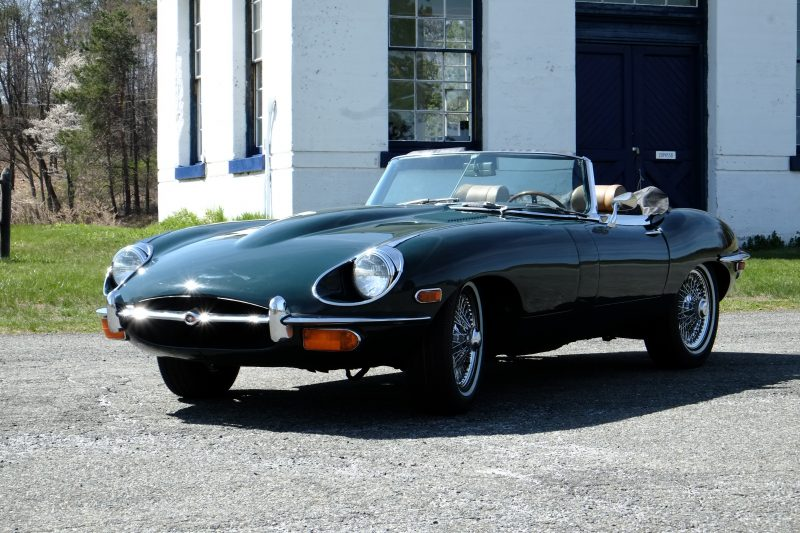 Jaguar E-Type Convertible 2
