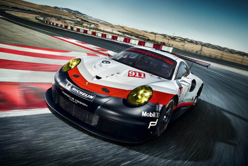 2017 Porsche 911 RSR mid engine