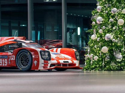 14 Porsche Holiday Gift Ideas