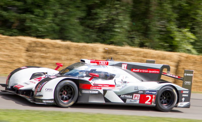 audi_r18_e-tron_quattro_andre_lotterer_at_goodwood_2014_002