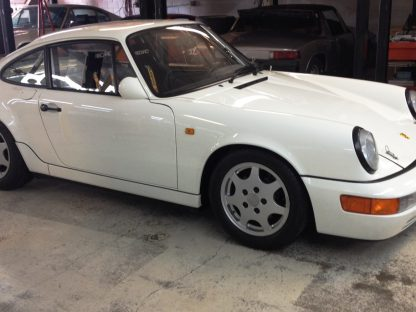 A Short History on the Rare Porsche 964 C4 Lightweight