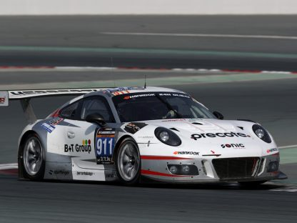 Porsche's Pictures and Results at the Dubai 24 Hours