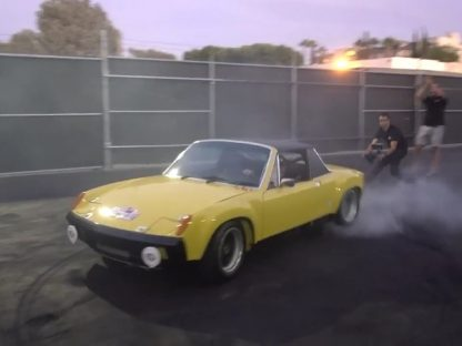 Jeff Zwart Burns Rubber in his 914-6