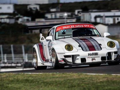 993 GT2 Deploys 1,000 Horsepower at Zandvoort