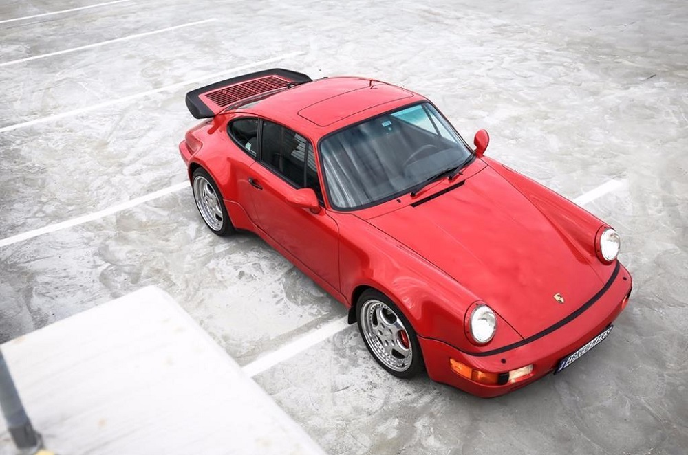 Porsche 964 Turbo from above