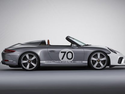 Porsche Unveils New GT3-Powered 911 Speedster Concept