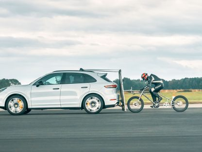 New European Bike Speed Record Set Behind A Porsche Cayenne Turbo