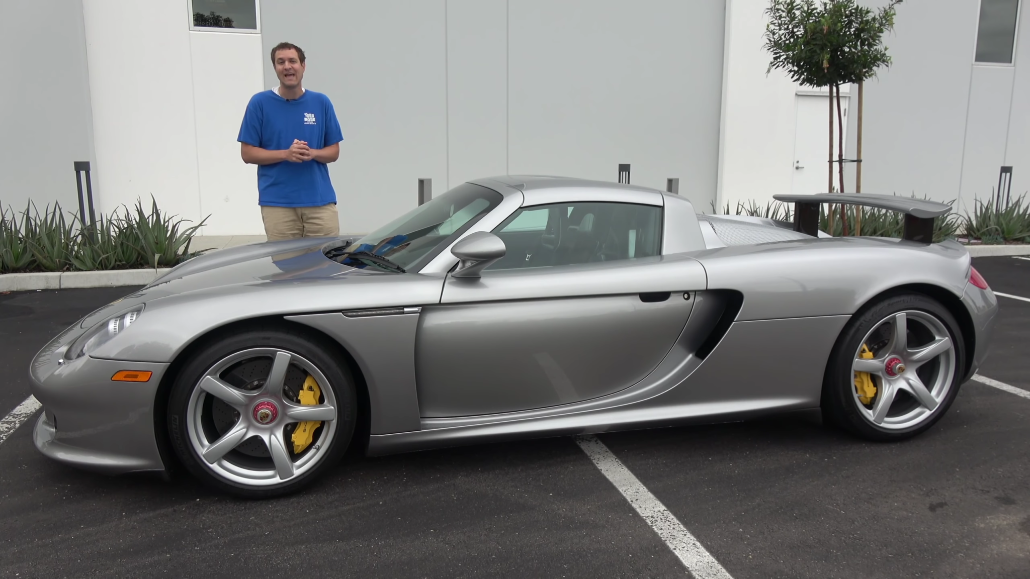 Going  Through the Carrera GT with a Fine-Tooth Comb