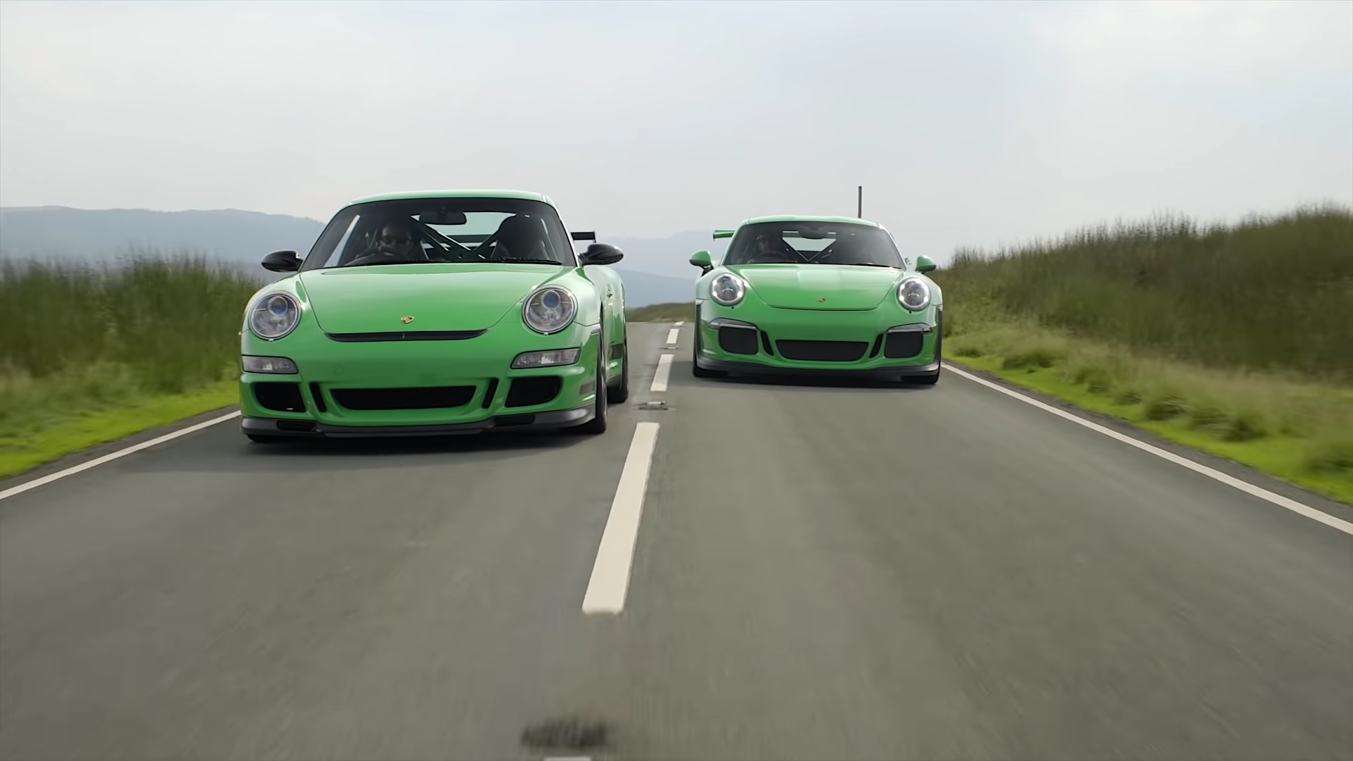 Comparing Two Generations of Porsche 911 GT3 RS on British Backroads